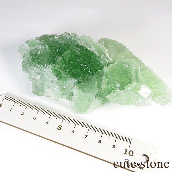 グリーンフローライト(蛍石)のクラスター(原石)の写真5 cute stone