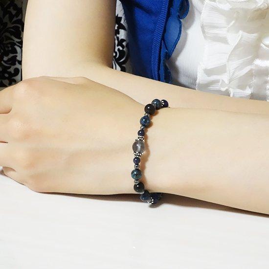 「Cosmo bracelet」ブルールチル サハラNWA869 クリソコラ スキャポライトのブレスレットの写真6 cute stone