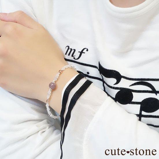 【浅紫の花】1点もの!パープルトルマリン ピンクトルマリン 水晶 マザーオブパールを使ったブレスレットの写真2 cute stone