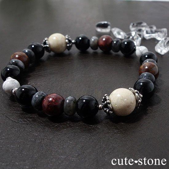 【Power of the earth】リバーストーン、オニキス、ラルビカイト、ピーターサイト、マグネサイトのブレスレットの写真4 cute stone