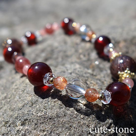 【tea time】ブラウンルチル サンストーン ヘソナイト インカローズ モスコバイトのブレスレットの写真4 cute stone