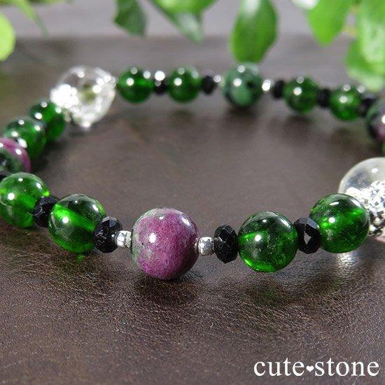 【Green Crystal】 フックサイトインクォーツ クロムダイオプサイト ルビーインゾイサイト ブラックスピネルのブレスレットの写真3 cute stone