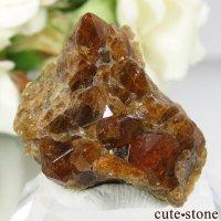アメリカ カリフォルニア産 グロッシュラーガーネットの母岩付き結晶(原石)9.9gの画像