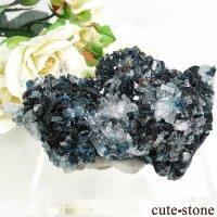 カナダ ユーコン ラピッドクリーク産 ラズライト(天藍石)&クォーツの母岩付き結晶(原石) 60.6gの画像
