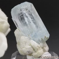 パキスタン スカルドゥ産 アクアマリンの母岩付き結晶(原石)12.4gの画像