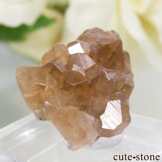 カナダ ケベック州 Jeffrey Mine産 グロッシュラーガーネットの原石 3gの写真0 cute stone