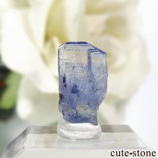 メレラニ産 タンザナイトの結晶(原石)0.2g