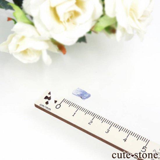 メレラニ産 タンザナイトの結晶(原石)0.2gの写真3 cute stone