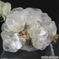 ロシア ダルネゴルスク産 カラーレスフローライトの母岩付き結晶(原石) 188gの画像