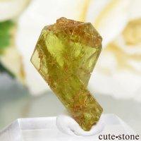マダガスカル産 双晶クリソベリルの結晶(原石) 0.8gの画像