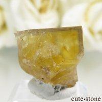 フランス Valzergues産 イエローフローライトの結晶(原石)7.9gの画像