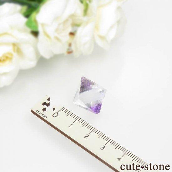 アメリカ産 八面体(へき開結晶)パープルフローライト(蛍石)5.1g の写真4 cute stone