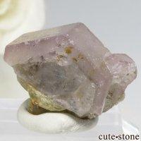 パキスタン シガル産 ピンクアパタイトの結晶(原石) 4.3gの画像