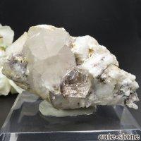 パキスタン シガル産 トパーズ&クォーツの母岩付き結晶(原石) 78gの画像