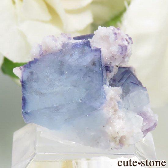 ヤオガンシャン産 ブルーフローライト 5.9gの写真2 cute stone