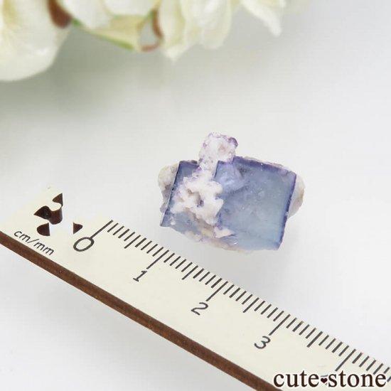 ヤオガンシャン産 ブルーフローライト 5.9gの写真3 cute stone