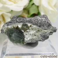 フランス La Combe de la Selle産 プレナイト&エピドートの結晶 7.4gの画像