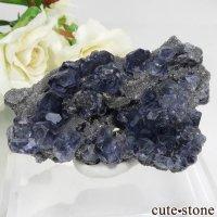 中国 福建省産パープルブルーフローライト&クォーツの母岩付き結晶(原石) 44.6gの画像