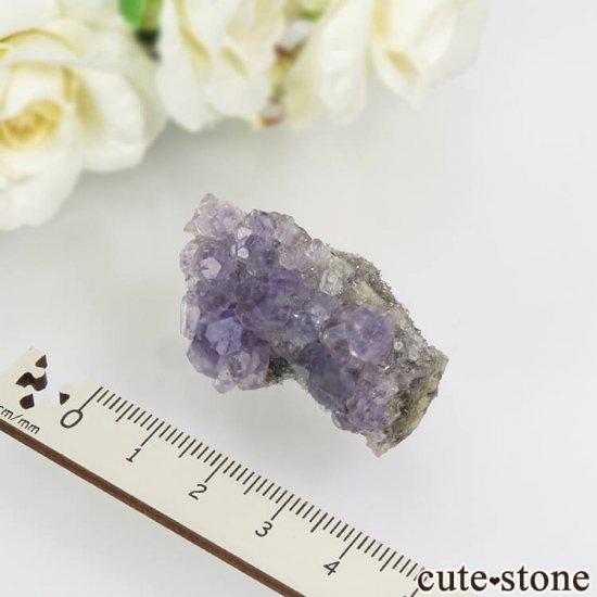 中国 福建省産パープルフローライト&クォーツの母岩付き結晶(原石) 20.4gの写真3 cute stone