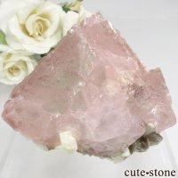 パキスタン Chumar Bakhoor産 ピンク×グリーンフローライト&モスコバイトの結晶(原石) 105gの画像