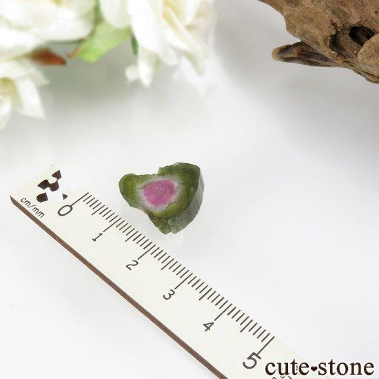 ブラジル ミナスジェライス州産 ウォーターメロントルマリンのスライス 2.4gの写真3 cute stone