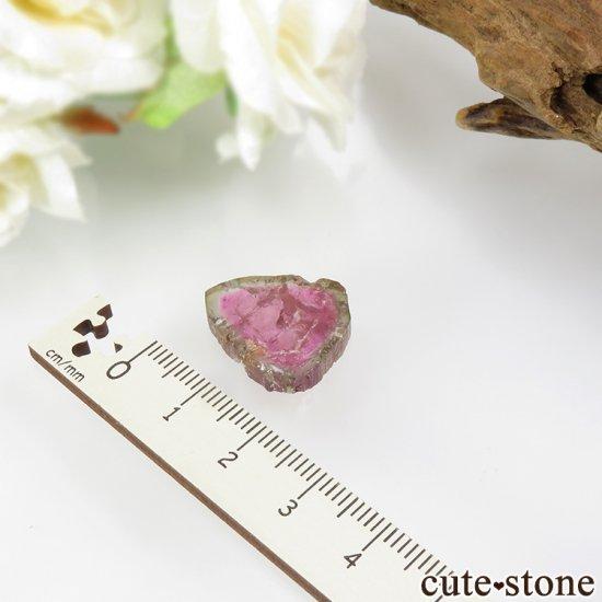 ブラジル ミナスジェライス州産 ウォーターメロントルマリンのスライス 2.5gの写真3 cute stone