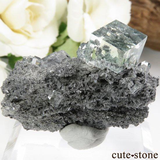中国 Xianghualing Mine産 グリーンフローライトの結晶 11g