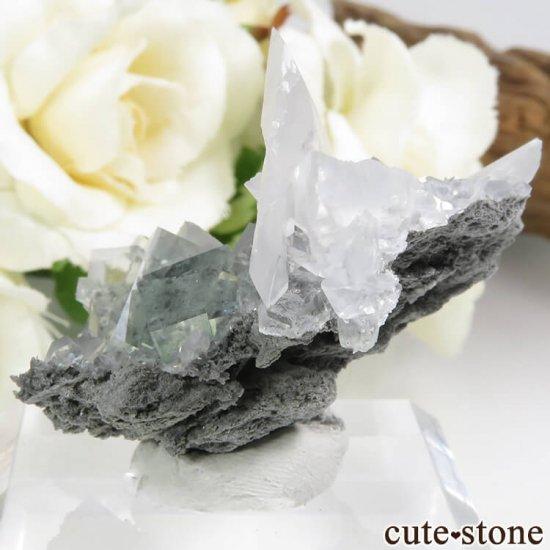中国 Xianghualing Mine産 グリーンフローライト&カルサイトの結晶 11gの写真2 cute stone