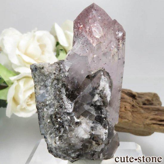 ナミビア Goboboseb産 レピドクロサイトインクォーツ(ファイアークォーツ)の母岩付き結晶(原石)63.8gの写真1 cute stone