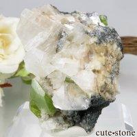 パキスタン Tormiq valley産 スフェーン&カルサイトの母岩付き原石 42gの画像