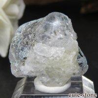 ロシア ウラル産 フェナカイトの母岩付き原石 No.3の画像