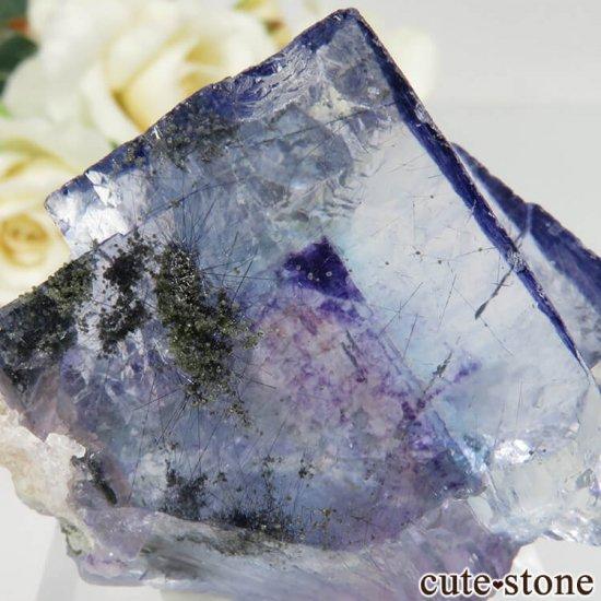 ヤオガンシャン産 ブルーフローライト No.31の写真2 cute stone