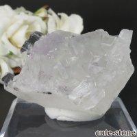 中国 福建省産 ライトグリーンフローライトの原石 No.11の画像