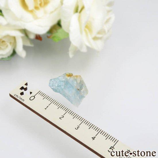 コロンビア Gachala産 ユークレースの原石 No.3の写真2 cute stone