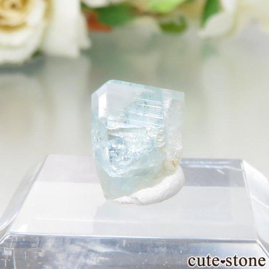 コロンビア Gachala産 ユークレースの原石 No.12の写真2 cute stone