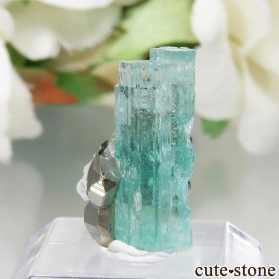 コロンビア Chivor Mine産 エメラルド&パイライトの結晶(原石)No.8の写真2 cute stone