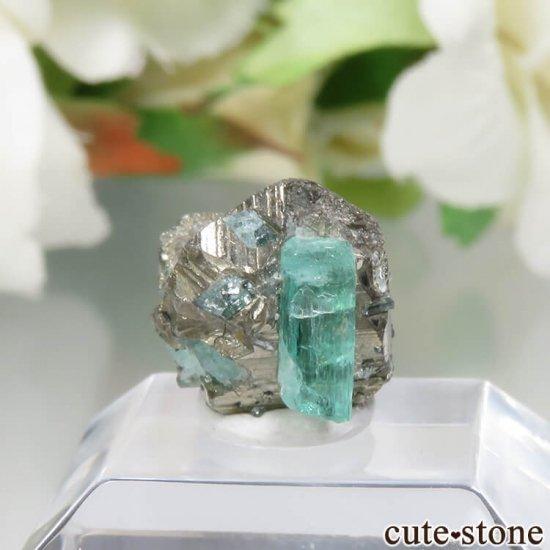 コロンビア Chivor Mine産 エメラルド&パイライトの結晶(原石)No.9の写真0 cute stone