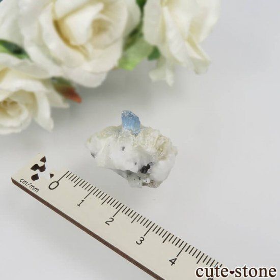 パキスタン シガル産 アクアマリンの原石 No.16の写真4 cute stone
