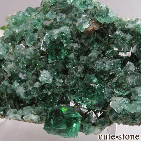 イングランド Diana Maria鉱山産 蛍光フローライトの母岩付き原石 No.13の写真3 cute stone