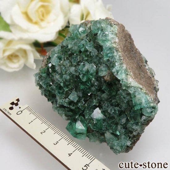イングランド Diana Maria鉱山産 蛍光フローライトの母岩付き原石 No.13の写真5 cute stone
