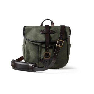 <img class='new_mark_img1' src='https://img.shop-pro.jp/img/new/icons24.gif' style='border:none;display:inline;margin:0px;padding:0px;width:auto;' />FILSON SMALL RUGGED TWILL FIELD BAG OTTER GREEN スモール ラギッドツイル フィールドバッグ グリーン