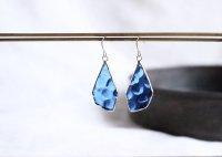 揺らめくカラフルピアス blue  ステンドグラス
