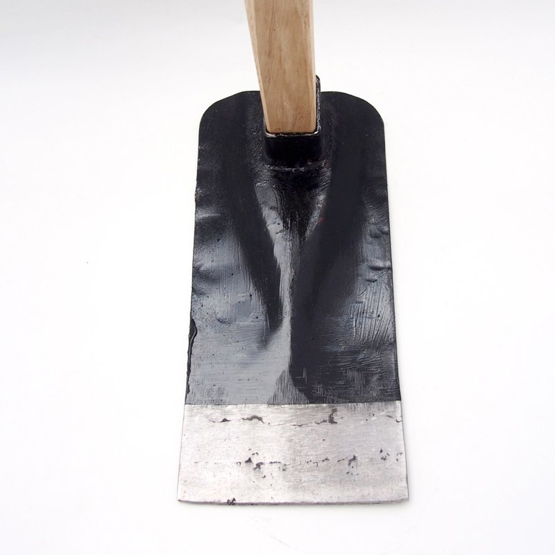鉄鼻緒鍬【角】