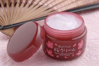 舞妓さんの桜クリーム - 日常のお肌のケアに 60g