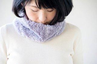 Organic Cotton Fur ふわふわ''ボタニカルダイ''ネックウォーマー 【ブラックマロウ】