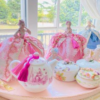 Dress-up Doll tea cozy miniディプロマ申請
