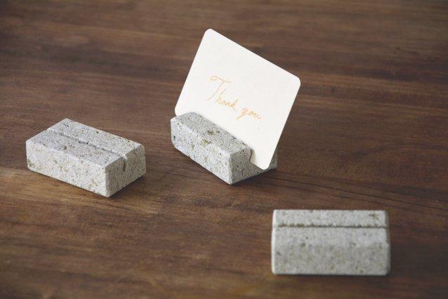 【大谷石】 oya stone カードスタンド