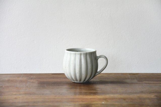 【若菜綾子】 彫りチューリップカップ