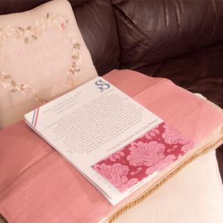 サジュー|ギフトボックス ヘリテージコレクション ベッドルームクッション用 クロスステッチ生地とパターン、刺繍糸 Diane de Poitiers's bedroom à la maison.