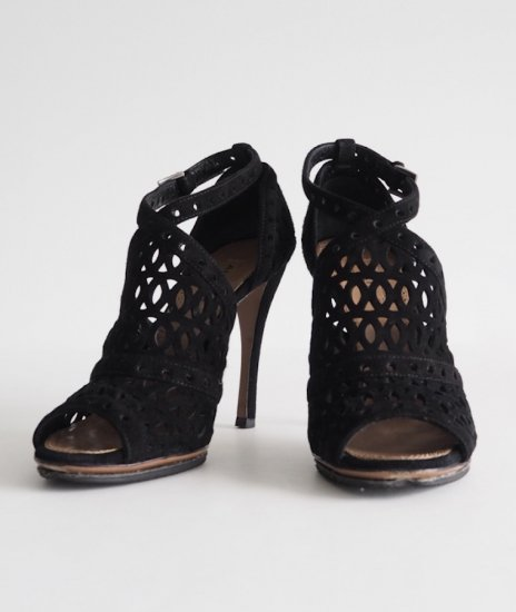 ALAiA /lace sandals